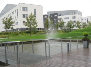QMU in the rain